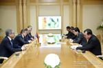 Կարեն Կարապետյանին Թուրքմենստանի նախագահի նստավայրի ընդունելությունների պալատում ընդունել է Թուրքմենստանի նախագահ Գուրբանգուլի Բերդիմուհամեդովը (28.03.2017)