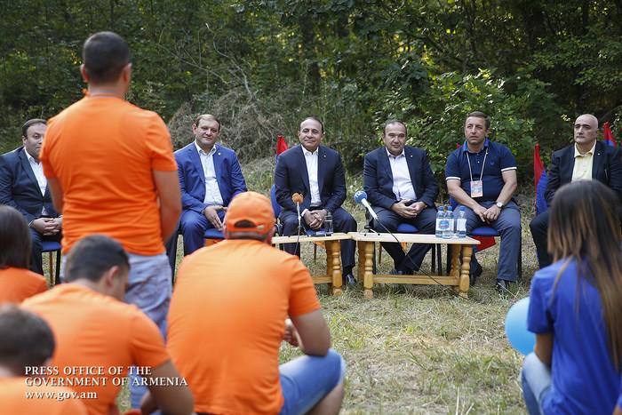 «Բազե»-ն համախմբել է հազարավոր երիտասարդների Հայաստանից, Արցախից և Սփյուռքից