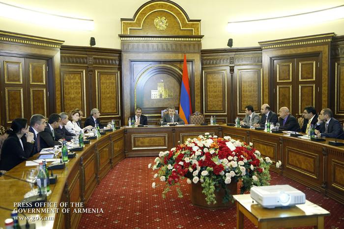 Правительство Армении сократило ряд государственных учреждений: $572 тысяч будет сэкономлено