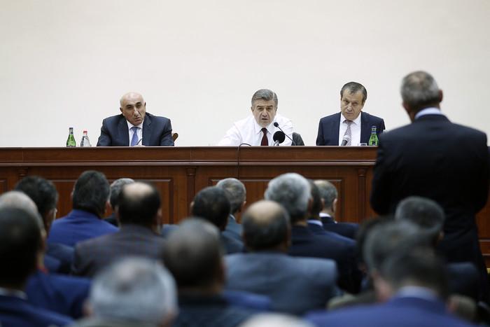 Карен Карапетян видит себя в роли премьер-министра Армении и после 2018 года