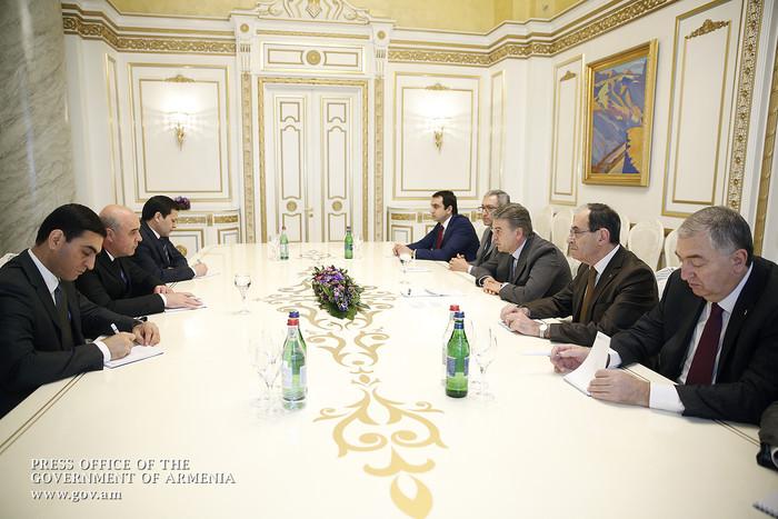 Карен Карапетян: Армения заинтересована в развитии отношений с Туркменистаном