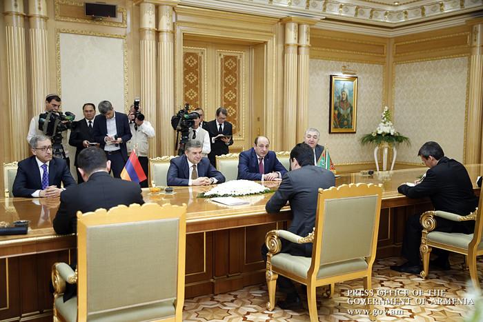 Туркменистан хочет использовать ереванский аэропорт в качестве транзитной зоны