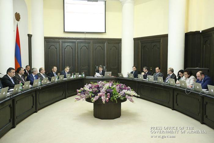 Премьер Армении потребовал повысить эффективность противоградовых мероприятий