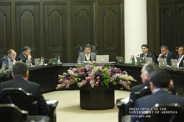 Премьер Армении: Трудовой кодекс нуждается в коренном пересмотре