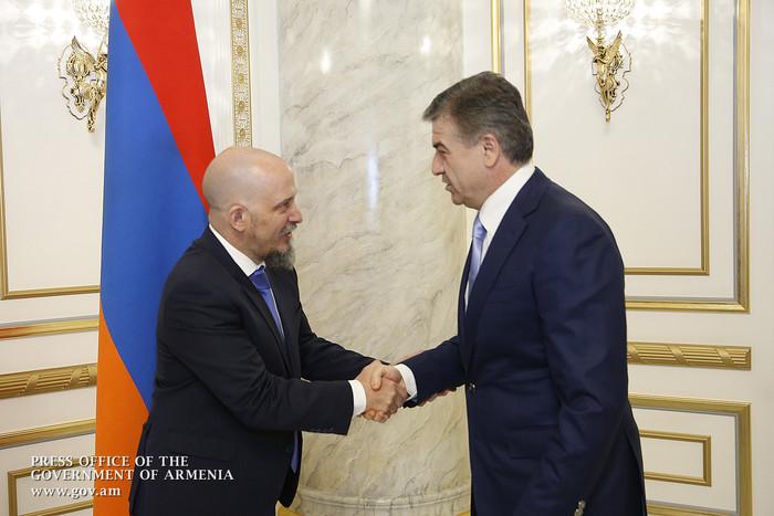 Карен Карапетян назвал успешным проведение «Недели аргентинского вина» в Армении