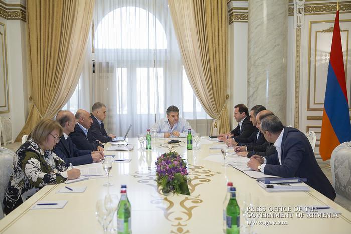 На совещании у премьера Армении обсуждены шаги по повышению эффективности противоградовой защиты