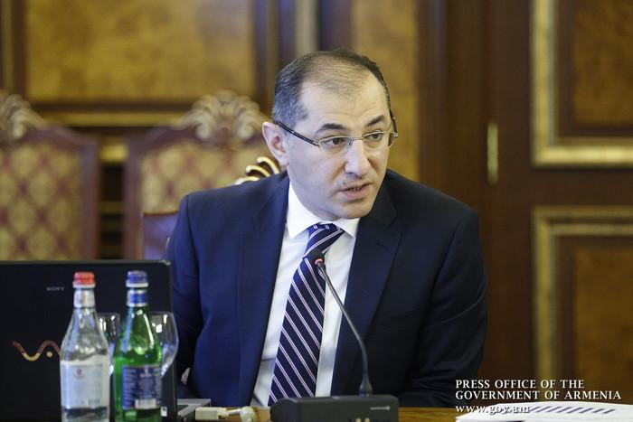 Работающие в международных организациях граждане Армении будут платить 23% пенсионных выплат