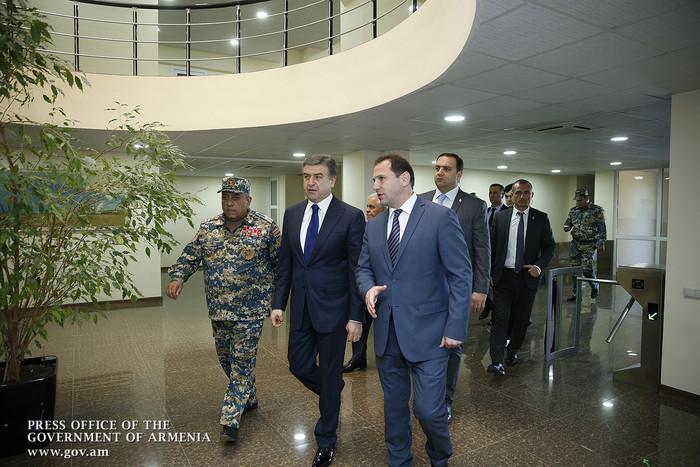 Премьер Армении: Непонятно, почему тратятся средства на малоэффективную противоградовую систему