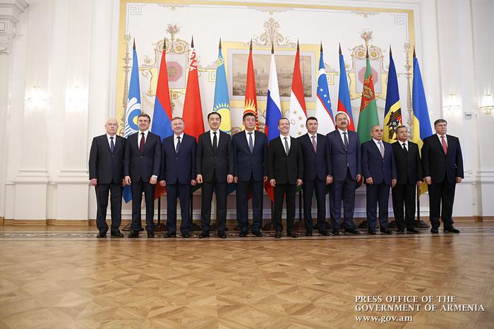 Карен Карапетян принял участие в заседании Совета глав правительств стран СНГ в Казани