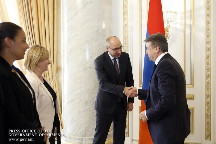 Карен Карапетян заявил о важности реализуемых в разных сферах экономики Армении совместных с KfW программ