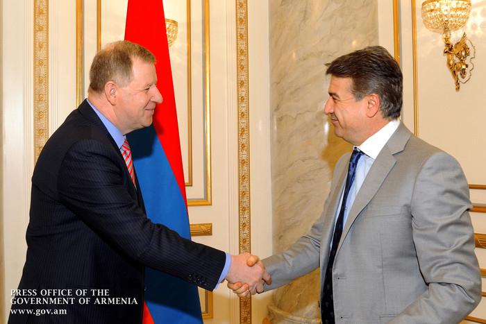 Премьер-министр Армении и посол Литвы обсудили вопросы развития экономических связей
