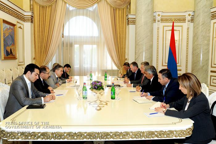 Карен Карапетян: В сотрудничестве с АБР за минувшие годы в Армении реализовано 25 программ