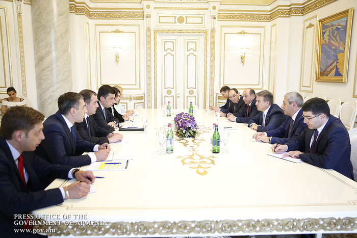 Г. Гахария: Необходимо приложить усилия по активизации торгово-экономического сотрудничества Грузии и Арменией