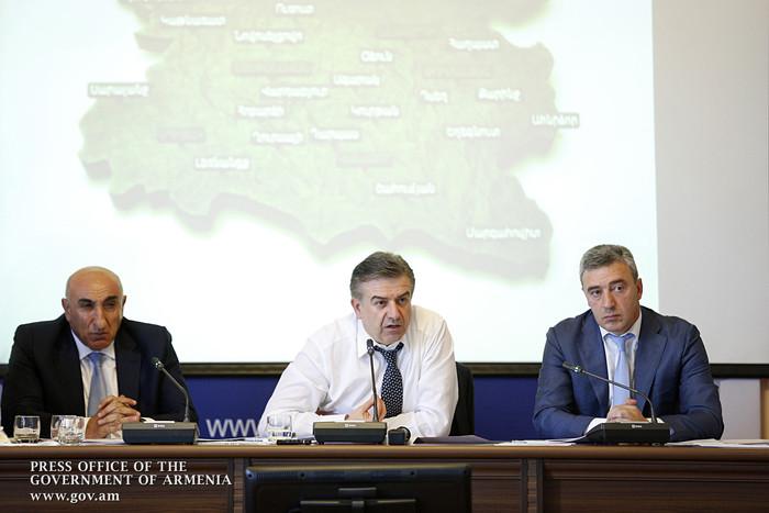 Премьер Армении: В конце года по уже определенным критериям будет оценена работа губернаторов