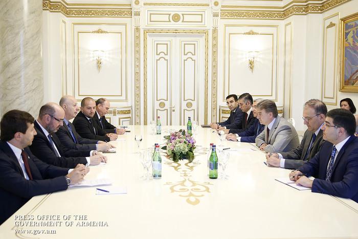Карен Карапетян заявил о важности обмена опытом с Израилем и реализации инвестиционных программ