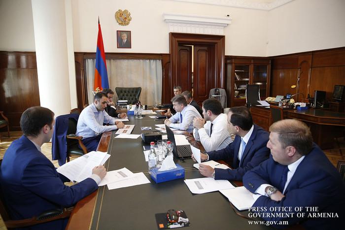 В правительстве Армении обсуждены вопросы улучшения системы экономического управления