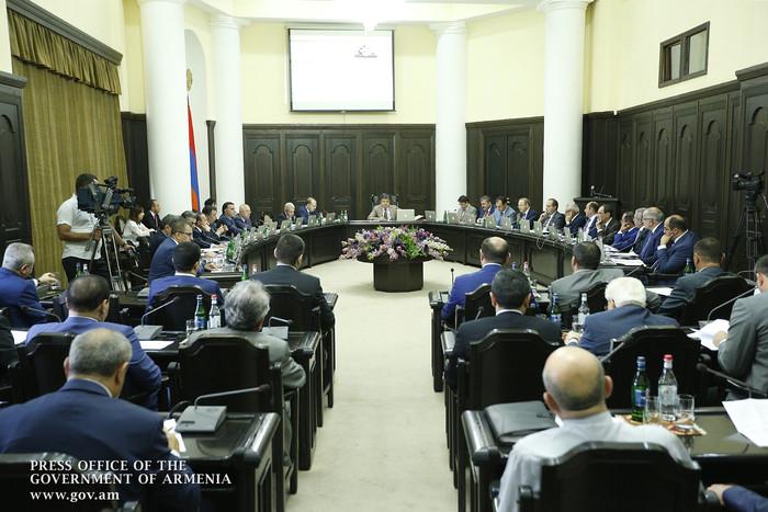 «Жоховурд»: Новые критерии оценки деятельности губернаторов не обсуждали с ними