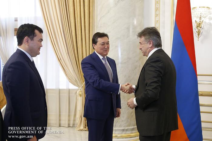 Аскар Мамин: Казахстан заинтересован в активизации торгово-экономических связей с Арменией