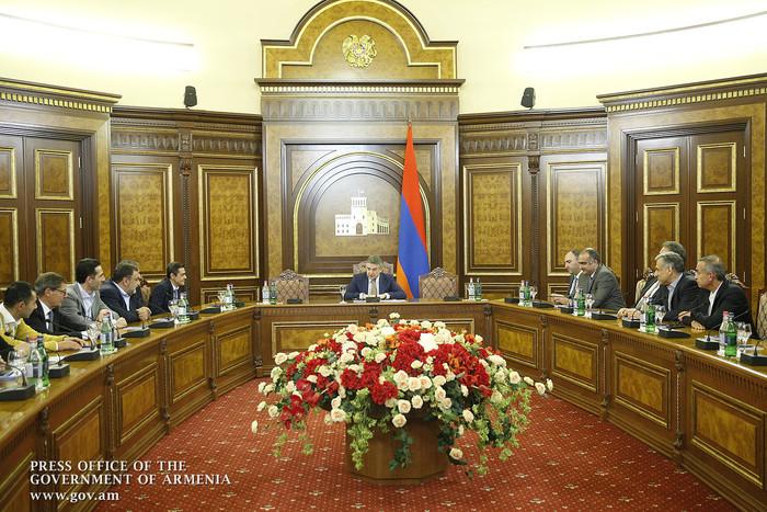 Премьер Армении принял организаторов международного форума FAST-NSF