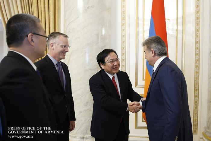 АБР продолжит сотрудничество с Правительством Армении