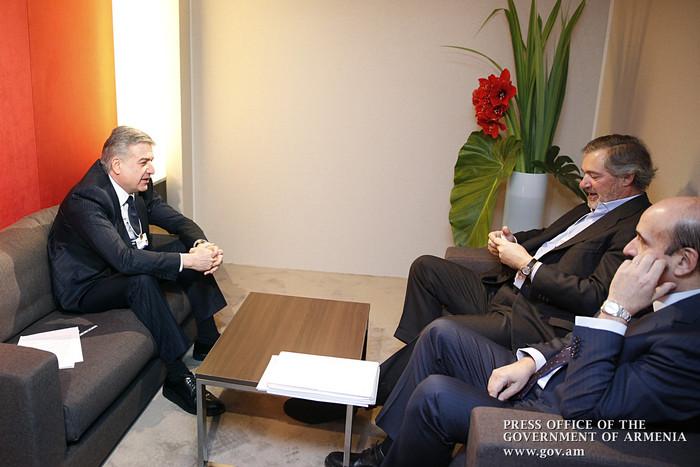 Карен Карапетян обсудил вопросы углубления сотрудничества с представителями испанской компании «Акциона»