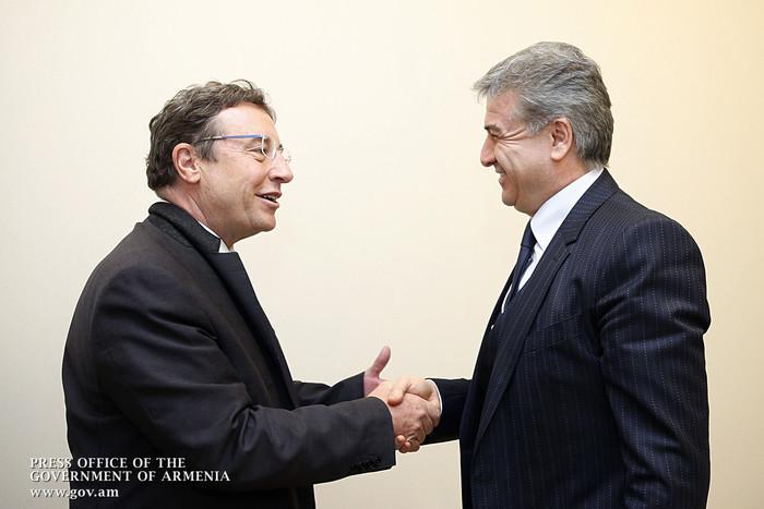 Штайнер на встрече с Кареном Карапетяном подчеркнул уникальную роль Инновационного центра ООН в Армении
