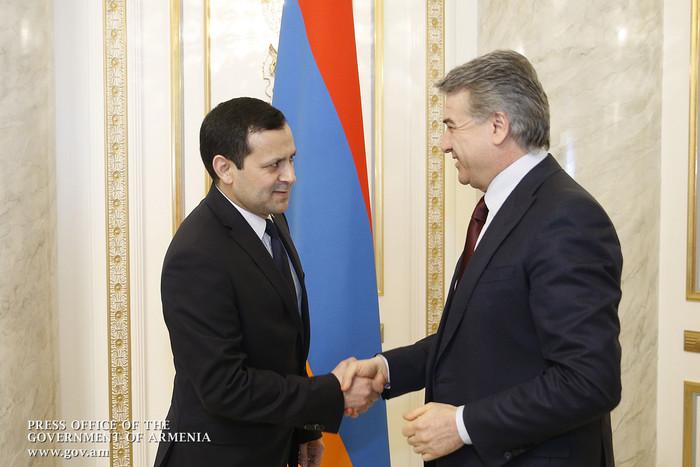 Карен Карапетян обсудил с послом Туркменистана перспективы развития двусторонних экономических связей