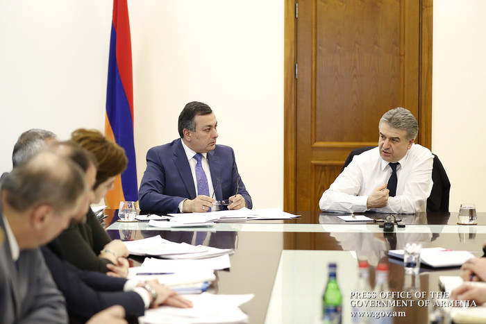Армен Амирян представил премьер-министру доходы в сфере культуры за 2017 год