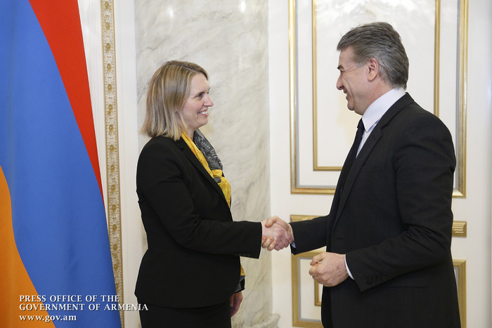 Карен Карапетян и Бриджит Бринк обсудили предстоящее заседание армяно-американского совета