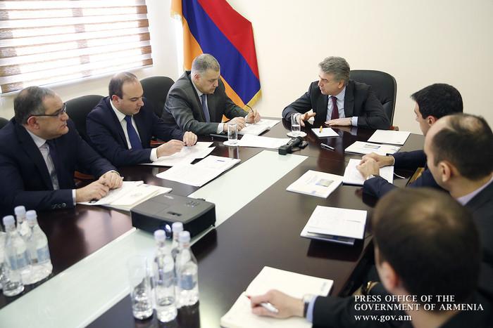 Глава Минюста Армении представил премьеру Карену Карапетяну эффективность объединения 7 судов в Ереване