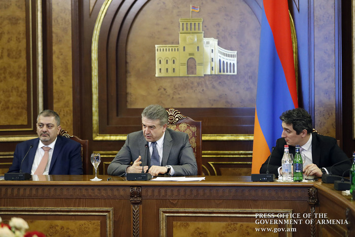 Карен Карапетян заявил о росте в сфере туризма Армении на 18.7%