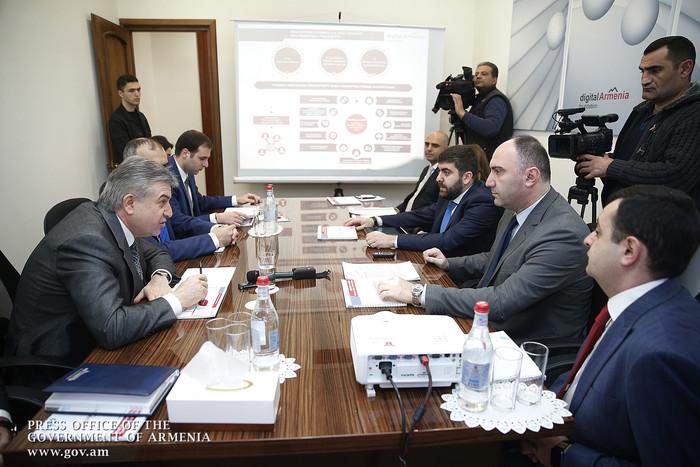 Премьеру представлен окончательный вариант документа «Повестка дня цифровой трансформации Армении-2030»