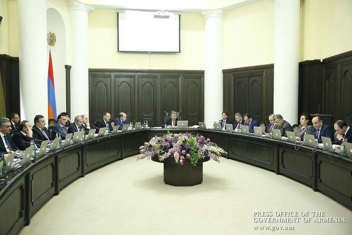 Премьер Армении: 4 выходных дня подряд по случаю 8 Марта могут создать сложности