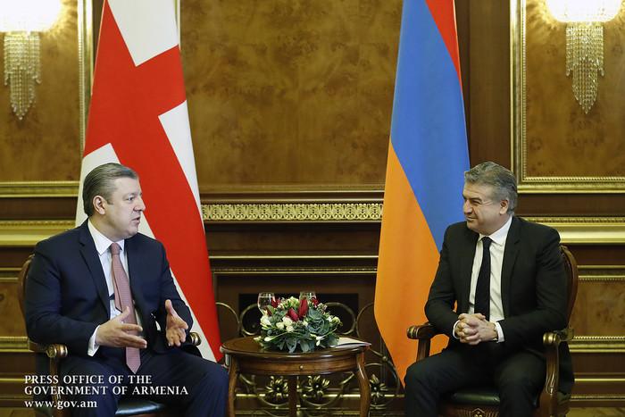 Карен Карапетян: Армяно-грузинские отношения продолжают развиваться в атмосфере взаимного доверия