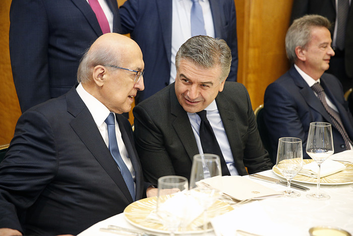 Карен Карапетян обсудил с главами банков Ливана укрепление двусторонних бизнес-связей
