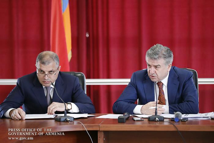 Премьер-министр Армении в Араратской области пояснил, как ремонтировать внутренние дороги