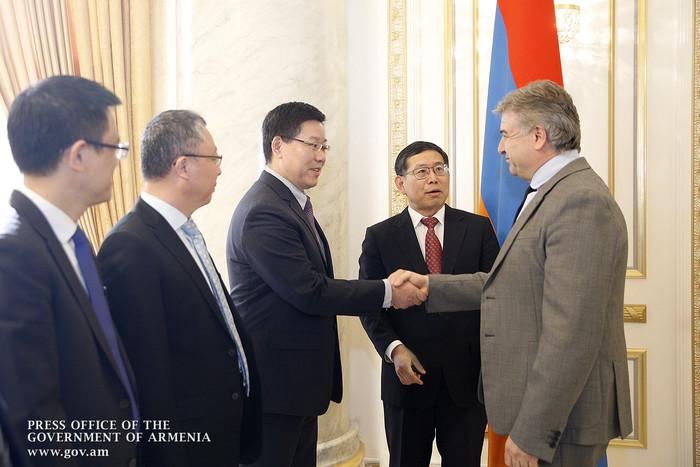 В правительстве Армении с китайской компанией обсужден ход строительства автомагистрали «Север-Юг»