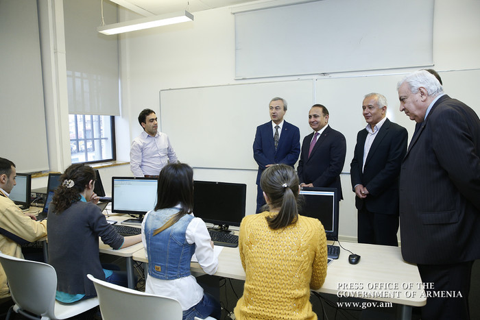 Prime Minister Visits Synopsys Armenia Company - Official