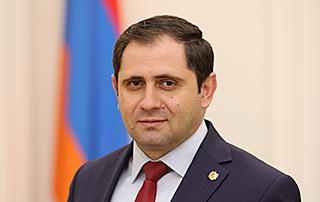 Suren Papikyan